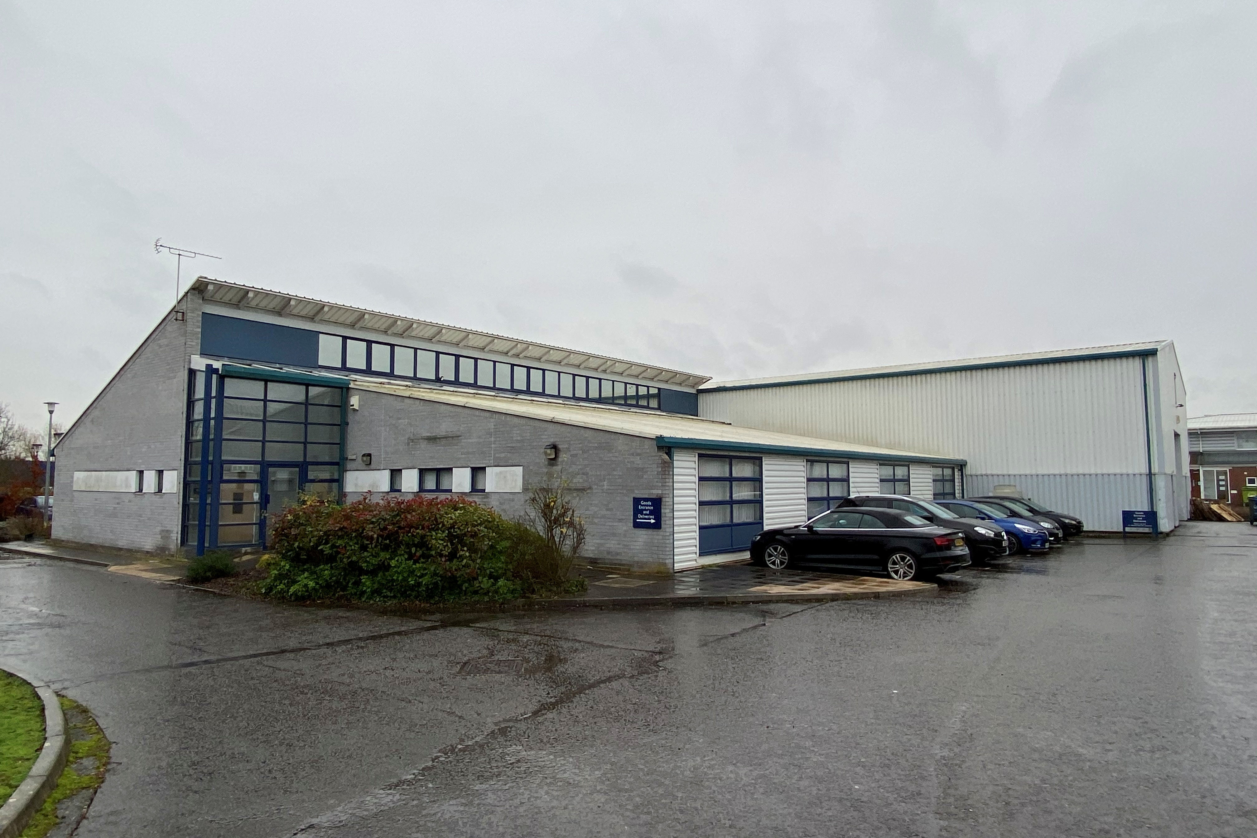 MAJOR ELY OFFICE AND WAREHOUSE COMPLEX SOLD FOR £1.1 MILLION